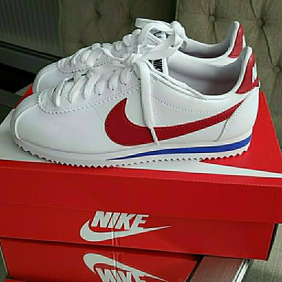 new style 47888 41ffa Nike Cortez Sneakers Red White Blue